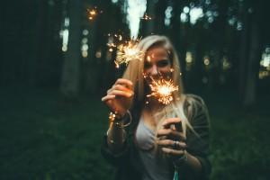 girl-sparklers-fireworks-blonde-celebration-happy